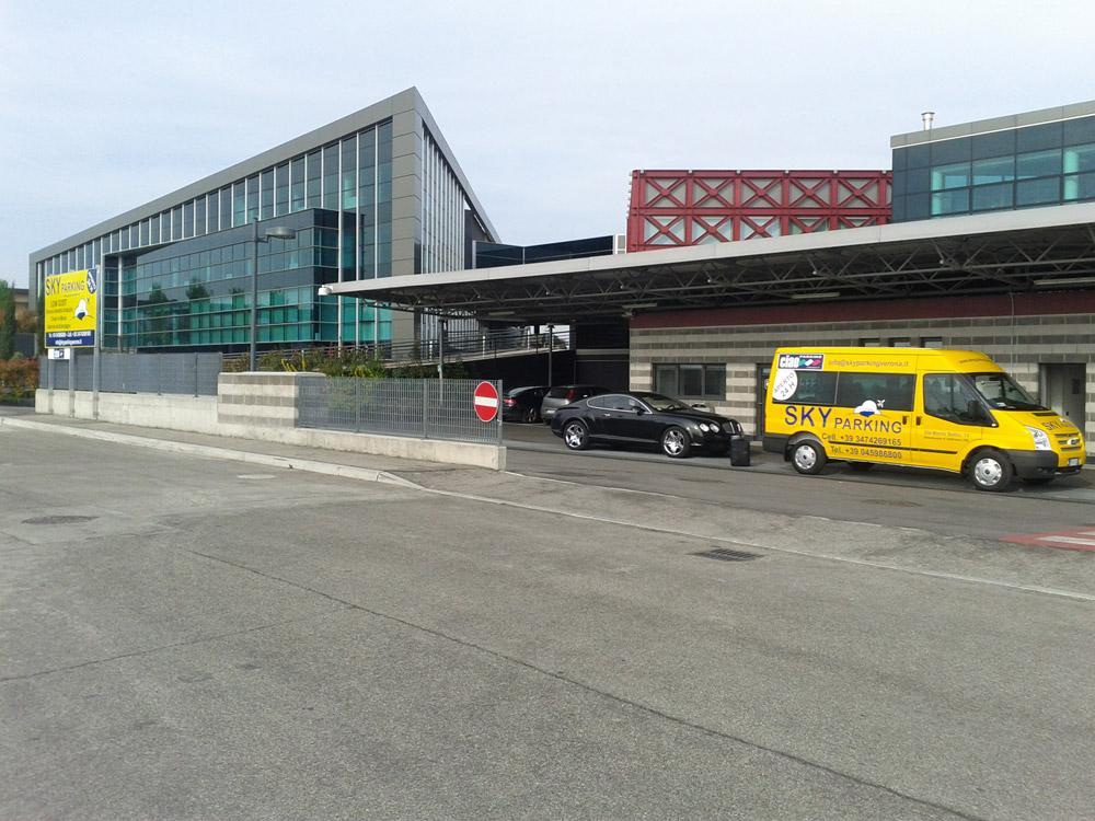 Aeroporto Verona Arrivi : Gallery